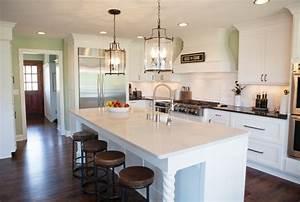 Timeless White Kitchen - Traditional - Kitchen - milwaukee