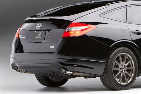 sema  honda shows accord crosstour hfp concept  accord coupe hfp carscoops