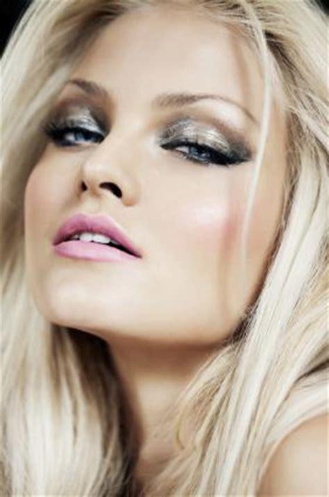 pics  dramatic eye makeup  blondes lovetoknow