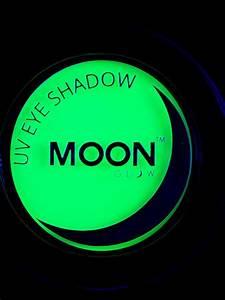 Farbe Die Im Dunkeln Leuchtet Ohne Schwarzlicht : gr ner lidschatten moonglow leuchtet unter schwarzlicht schminke und g nstige ~ Orissabook.com Haus und Dekorationen
