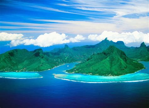 Cooks Bay And Opunohu Bay Moorea Island French Polynesia