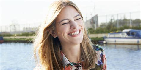 5 Reasons to Smile More | HuffPost