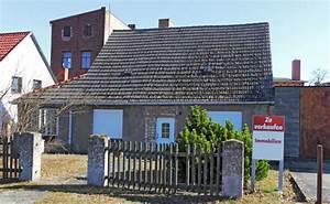 Haus Kaufen Oder Bauen : haus sanieren oder neu bauen wenn das traumhaus zur kostenfalle wird ~ Frokenaadalensverden.com Haus und Dekorationen