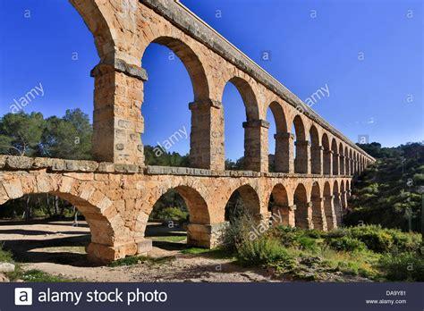 Spain, Europe, Catalonia, Aqueduct, Arches, Architecture