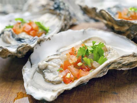 Is It Safe To Eat Smoked Or Raw Oysters During Pregnancy