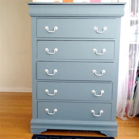 create  mom fusion mineral paint dresser project