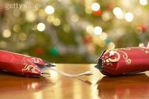 Acheter Des Crackers De Noel : les crackers une tradition de no l anglaise voir ~ Teatrodelosmanantiales.com Idées de Décoration
