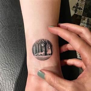 Tatouage Homme Petit : tatouage loup femme connotations et 40 id es sur les ~ Carolinahurricanesstore.com Idées de Décoration