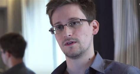 Edward Snowden Wiki: Leaks, Asylum, Girlfriend, Net Worth ...