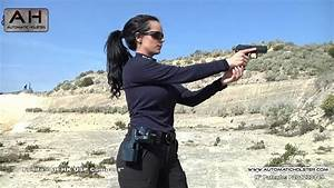 Spanish Police Woman - Automatic Action