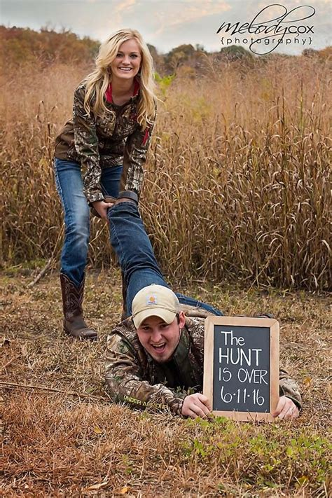 camo  hunt   save  date engagement session