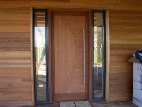porte en bois massif exterieur obasinc