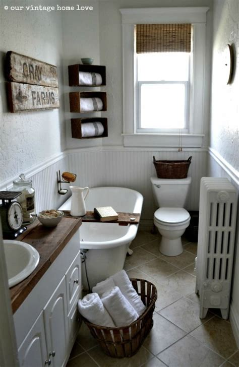small vintage bathroom ideas 17 best images about farmhouse bathrooms on