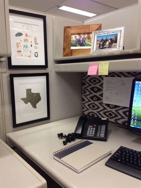 work desk decoration ideas cubicle decor desk accessories career start up