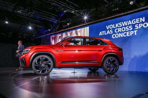 volkswagen atlas cross sport concept previews  row