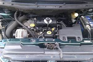 Pompe A Eau Chrysler Voyager 2 5 Td : photo du 2 5 td ~ Gottalentnigeria.com Avis de Voitures