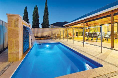 Sovereign Fibreglass Swimming Pool Horizon