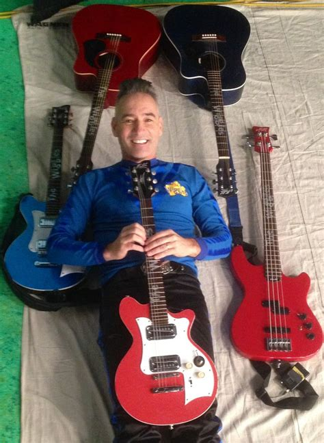 The Wiggles King Guitar Mungfali