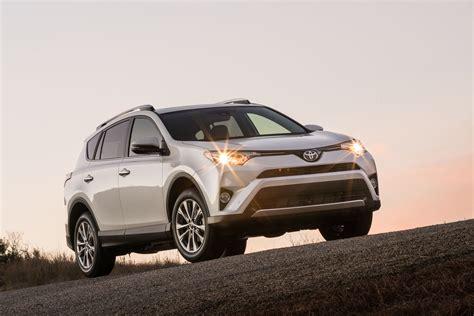 Toyota Car : 2017 Toyota Rav4 Vs. 2017 Honda Cr-v