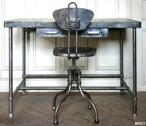 bureau mobilier de ensemble pupitre vers 1960