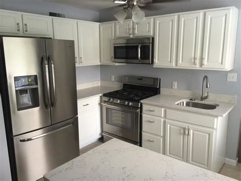 refinishing painting kitchen cabinets cabinet refinishing kennedy painting 4676