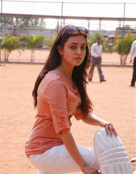 17 Pics Of Tollywood Actress nisha agarwal Kajal agarwal