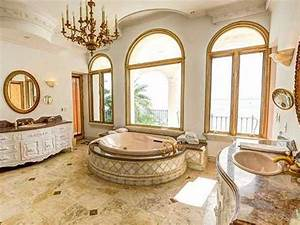 FOR SALE: 14 Mansions With Insanely Luxurious Bathrooms