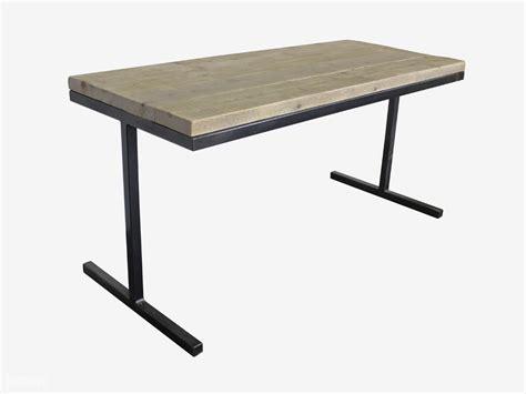 x bureau industriële tafel of bureau pip industriële tafels