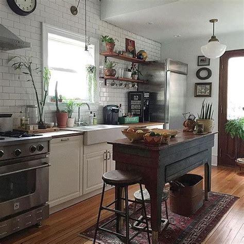 vintage galley kitchen best 25 galley kitchen island ideas on galley 3196