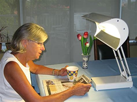 full spectrum light therapy 10000 lux sadelite 10 000 lux full spectrum light therapy desk l