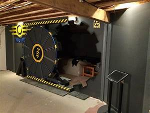 Check Out This Fallout-Inspired Gaming Room Door - GameSpot
