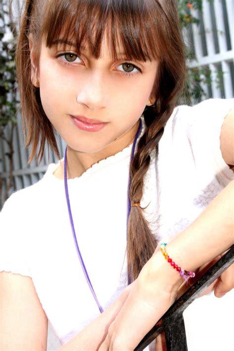angelina teen model  fashion girl