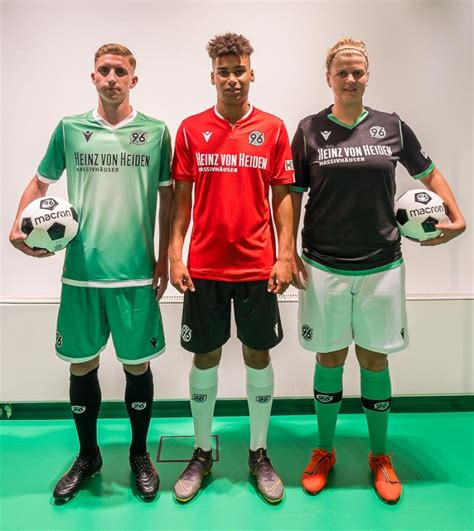 Check spelling or type a new query. Hannover 96: Neue Trikots für die Saison 2019/2020