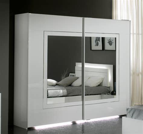 armoire de chambre à coucher armoire 2 portes coulissantes city laque blanc chambre à