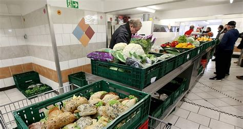 'nazi' Sprayed On German Food Bank After It Stopped