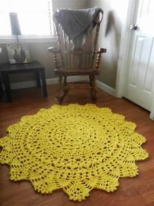 Teppich Gelb Rund : gelber teppich f r eine frische und strahlende zimmergestaltung ~ Frokenaadalensverden.com Haus und Dekorationen