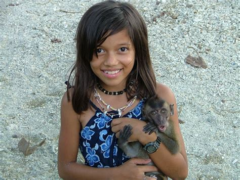 Visayan Filipina Girl With Monkey A Cute Filipina Girl