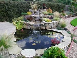 Wasserspiel Garten Selber Bauen : wasserfall im garten selber bauen 99 ideen wie sie die harmonie der natur genie en ~ Frokenaadalensverden.com Haus und Dekorationen