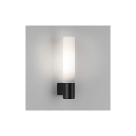1 light indoor wall light matt black ip44