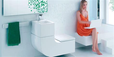 cuvette de toilette originale roca pr 233 sente un ensemble wc lavabo int 233 gr 233 espace aubade