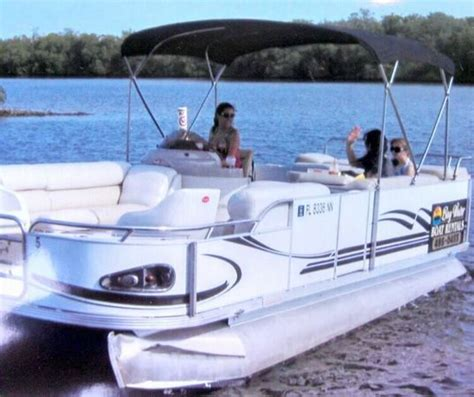 Pelican Bay Boat Rentals by Pelican Stand Picture Of Bay Water Boat Rentals Bonita