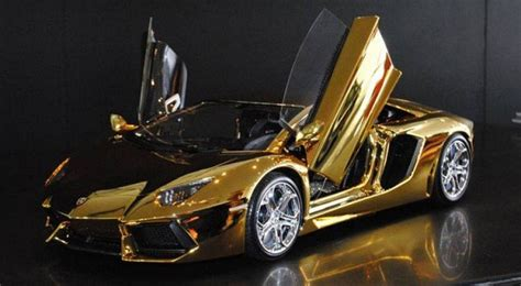 Uae  The World Of Luxury Cars And Gold Gadgets » Being Arab
