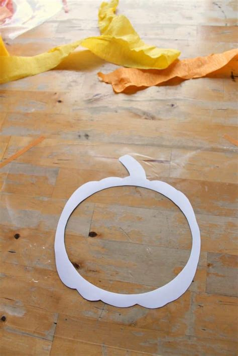 easy pumpkin suncatcher craft  printable template