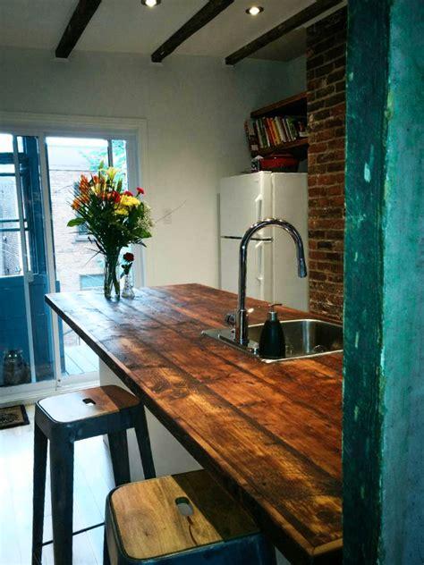 comptoir de cuisine en bois comptoir en bois de grange déco cuisine