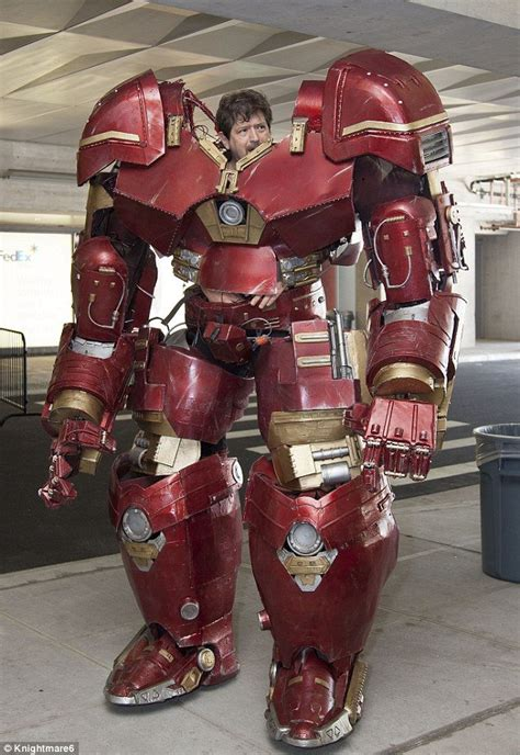 hulkbuster costume    realistic cosplay