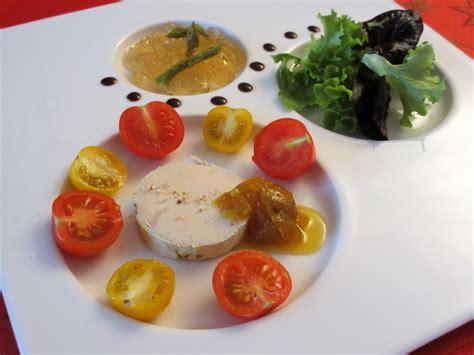 assiette de foie gras et ses accompagnements recettes di 233 t 233 tiques et gourmandes