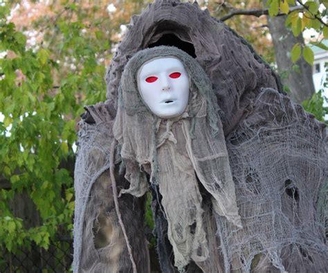 creepy creature quad stilt