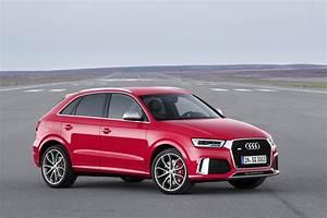 Audi Q3 Noir : 2015 audi q3 facelift revealed video ~ Gottalentnigeria.com Avis de Voitures