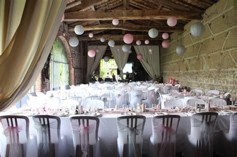 décoration chaise plastique mariage lyon déco articles fêtes mobilier chapiteaux
