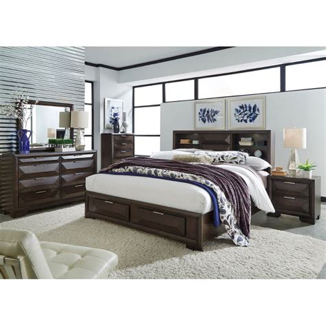 Brown Contemporary 6 Piece Queen Bedroom Set Newland